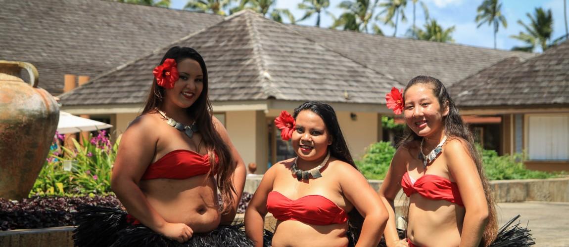 Hawaii-Shirts, Pullis und Merchandising