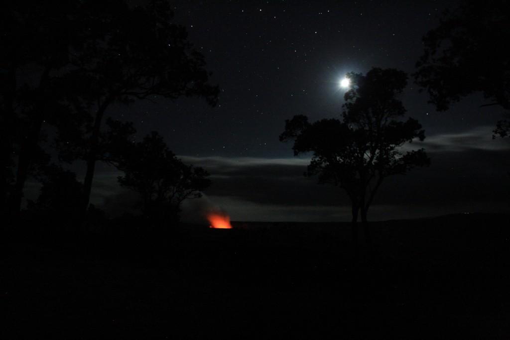 Halemaumau bei Nacht