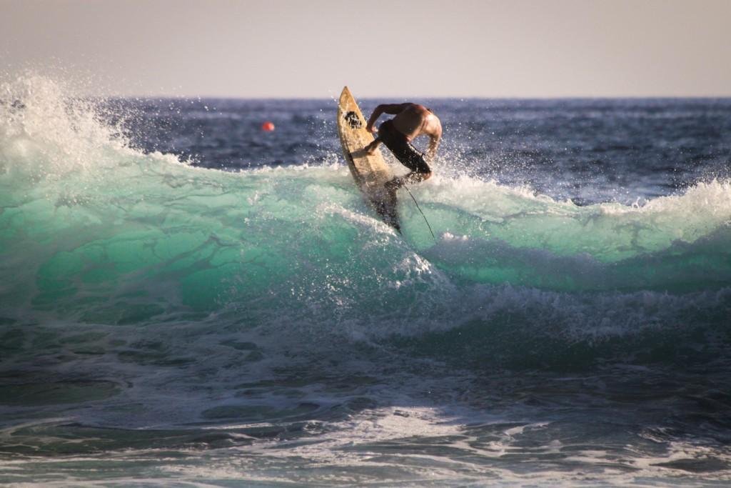 Blue Wave in Kona